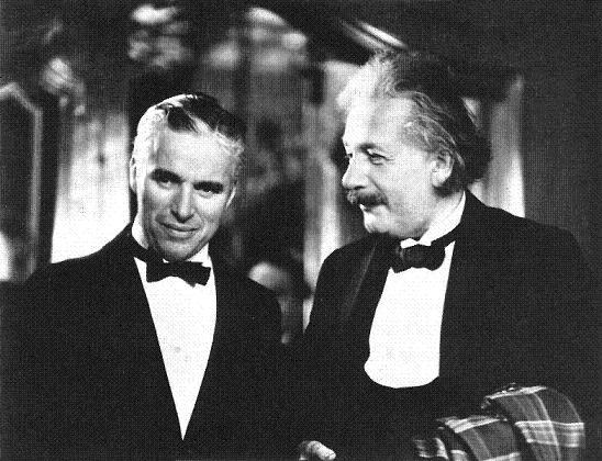 Chaplin eEinstein