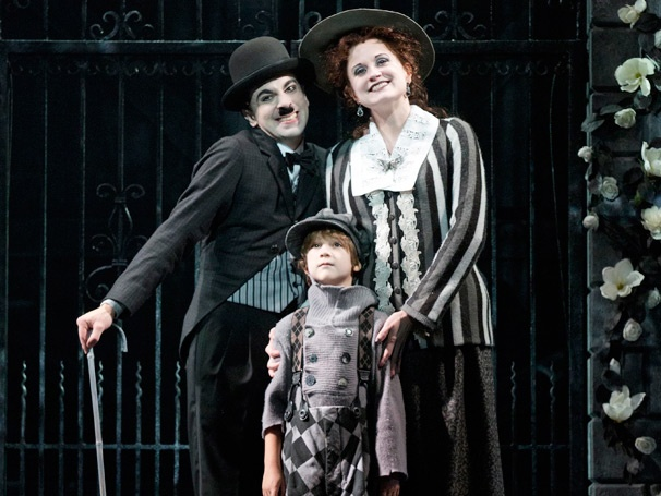 Rob McClure, Christiane Noll e Zachary Unger no musical da Broadway