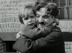 the-kid-hug-kiss-scene-1921