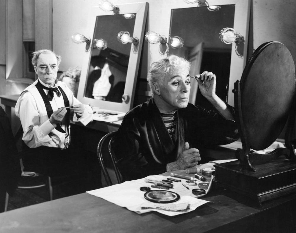 Chaplin e Keaton em cena (1952)