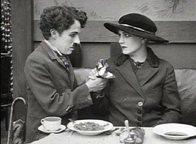 Charlie e Edna Purviance. Fonte: Reprodução